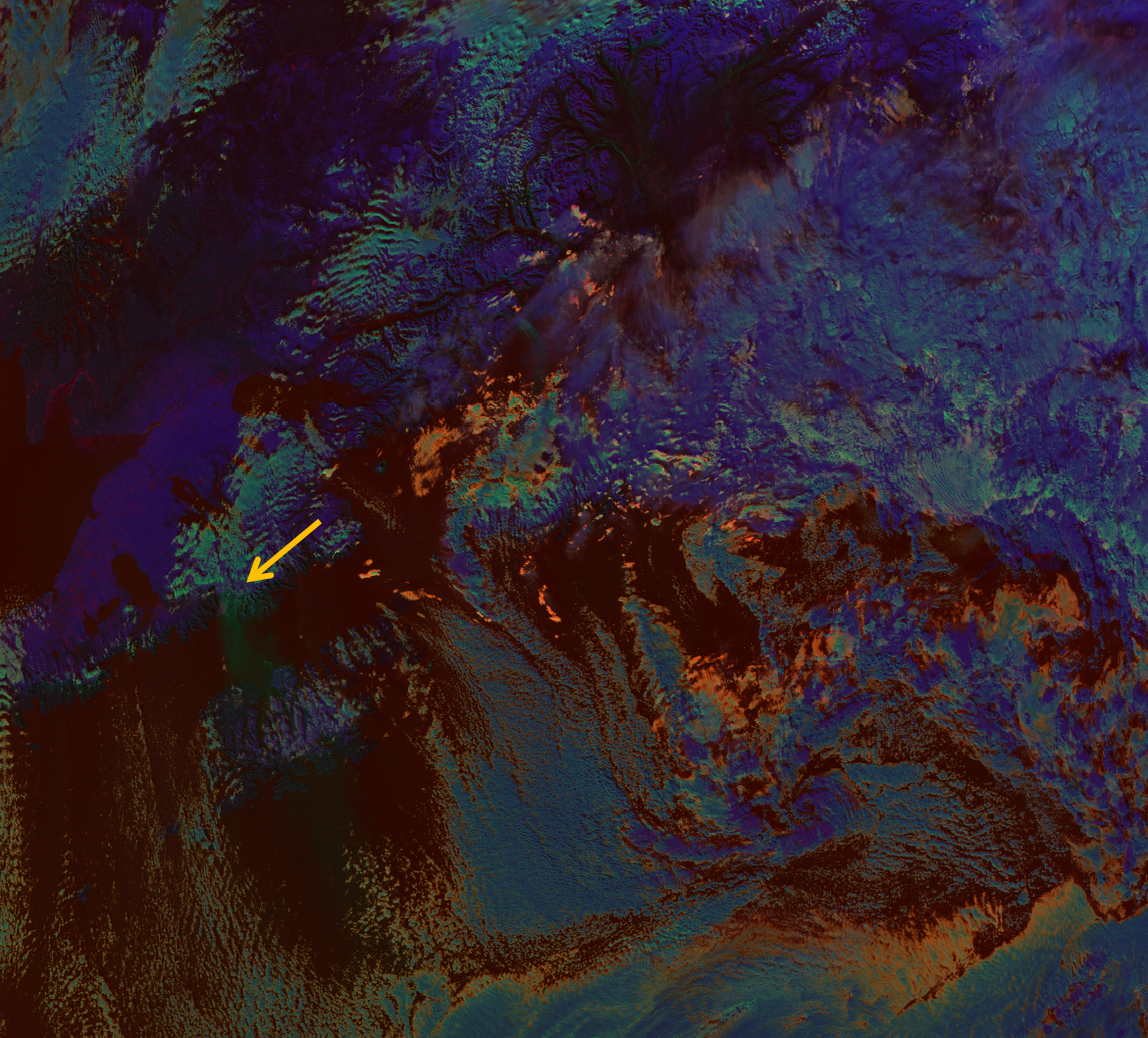 VIIRS RGB composite of M06 (blue), M12 - M15 (green) and M15 - M16 (red), taken 22:23 UTC 30 October 2012