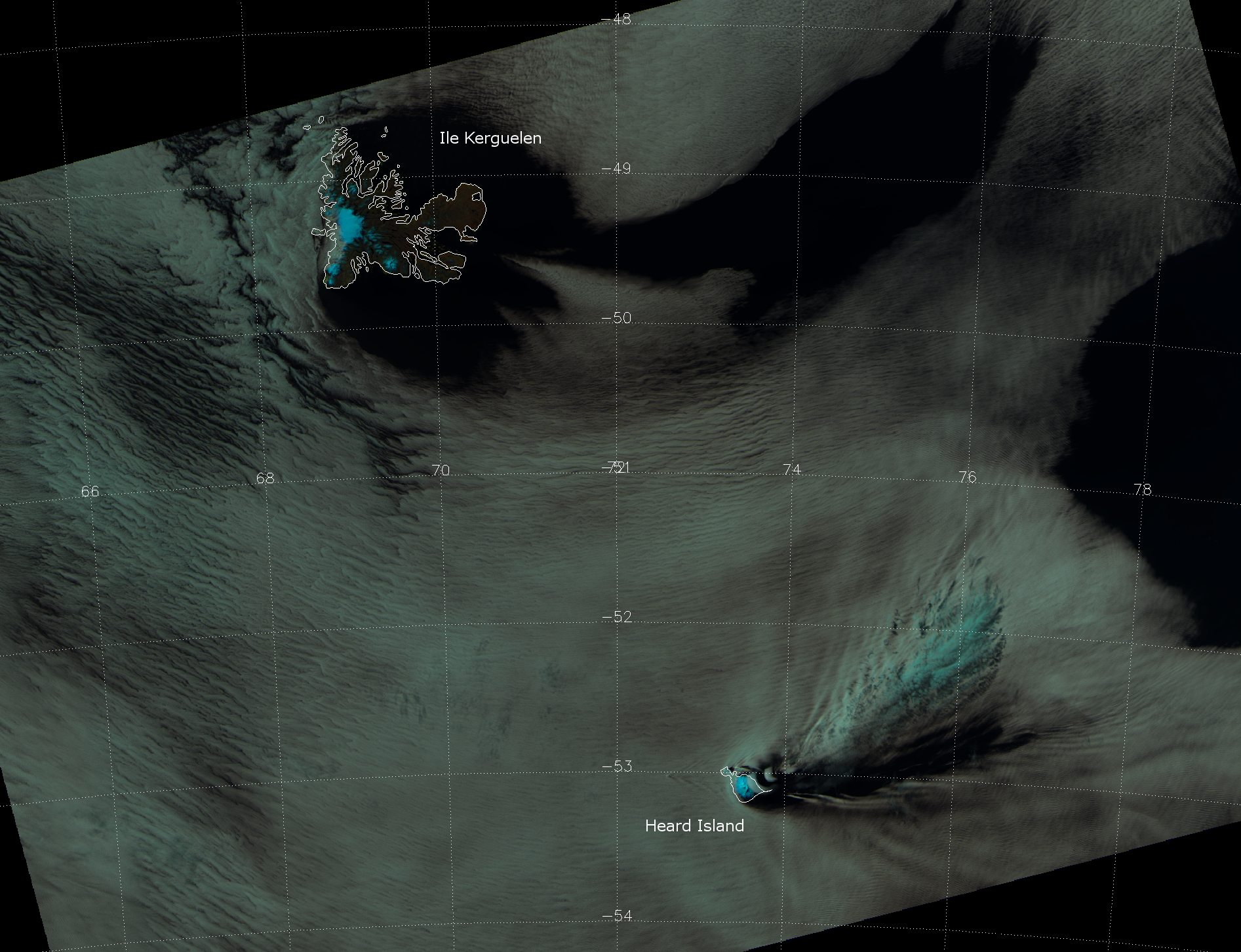VIIRS false color composite of channels I-01, I-02 and I-03, taken 09:16 UTC 27 October 2012