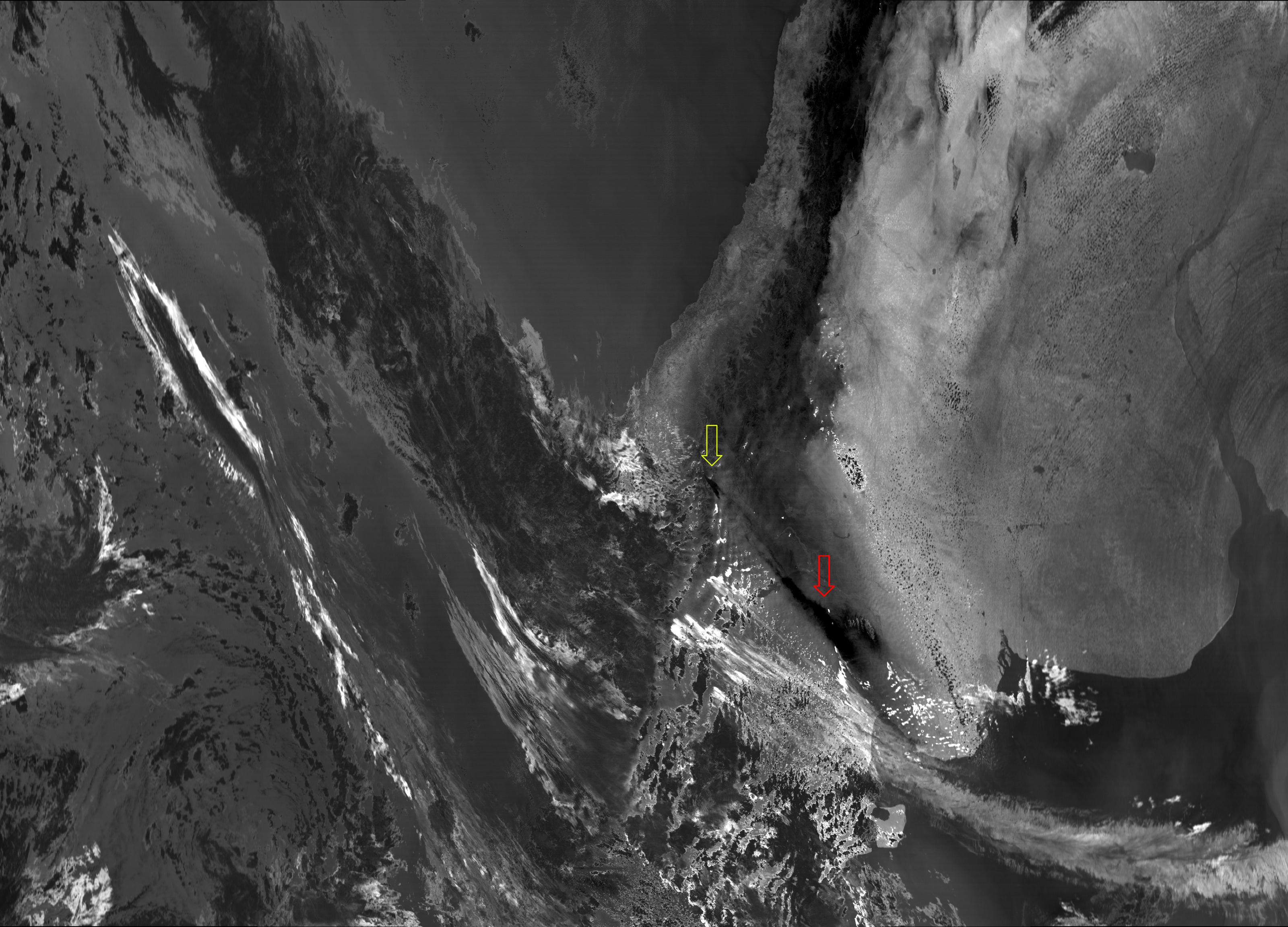 """VIIRS """"split window difference"""" image (M-15 - M-16) taken 18:38 UTC 22 December 2012"""
