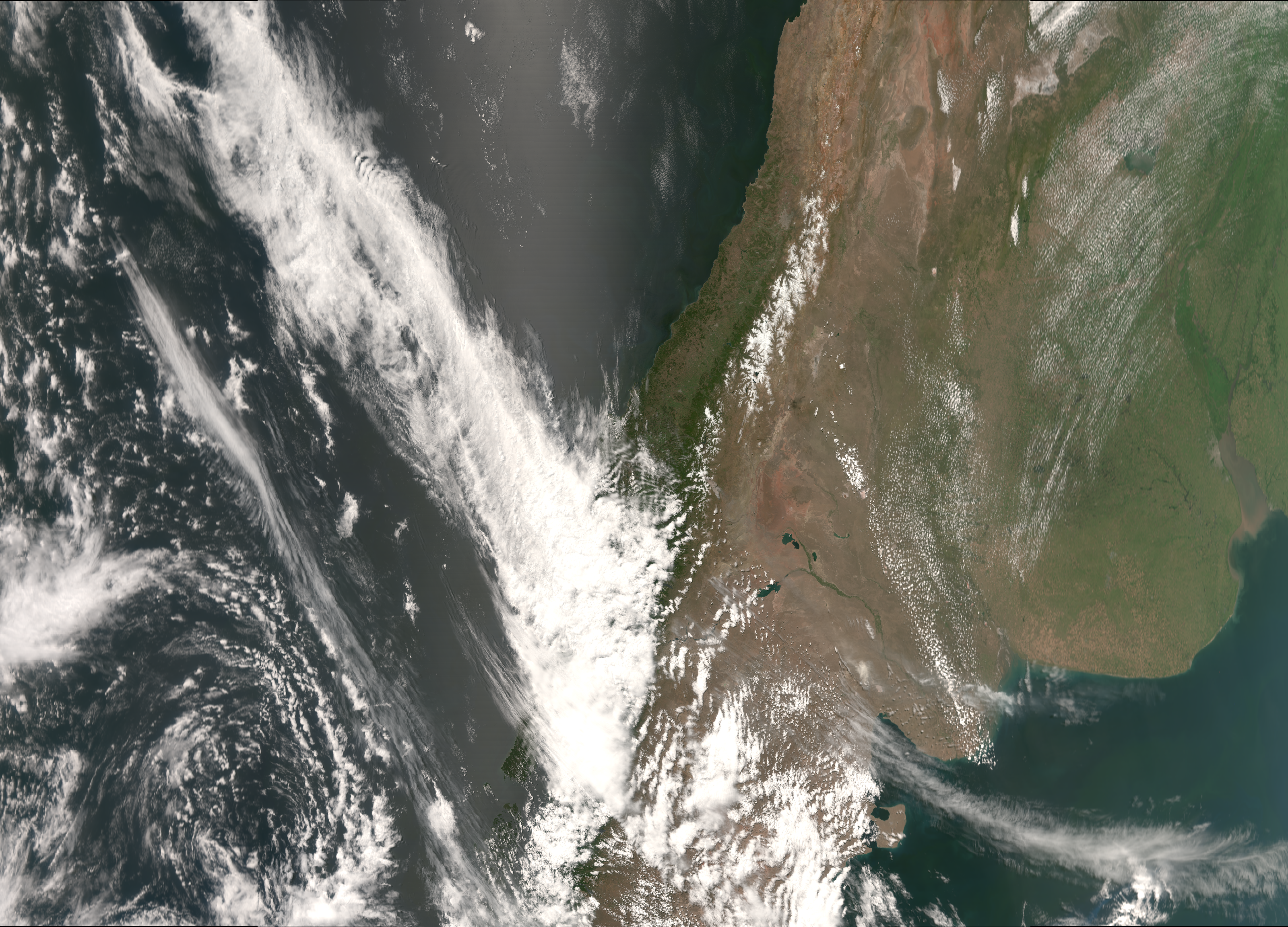 """VIIRS """"true color"""" RGB composite of channels M-03, M-04 and M-05, taken 18:38 UTC 22 December 2012"""