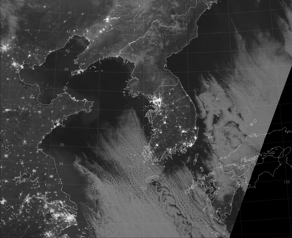 VIIRS Day/Night Band image, taken 18:09 UTC 7 January 2015